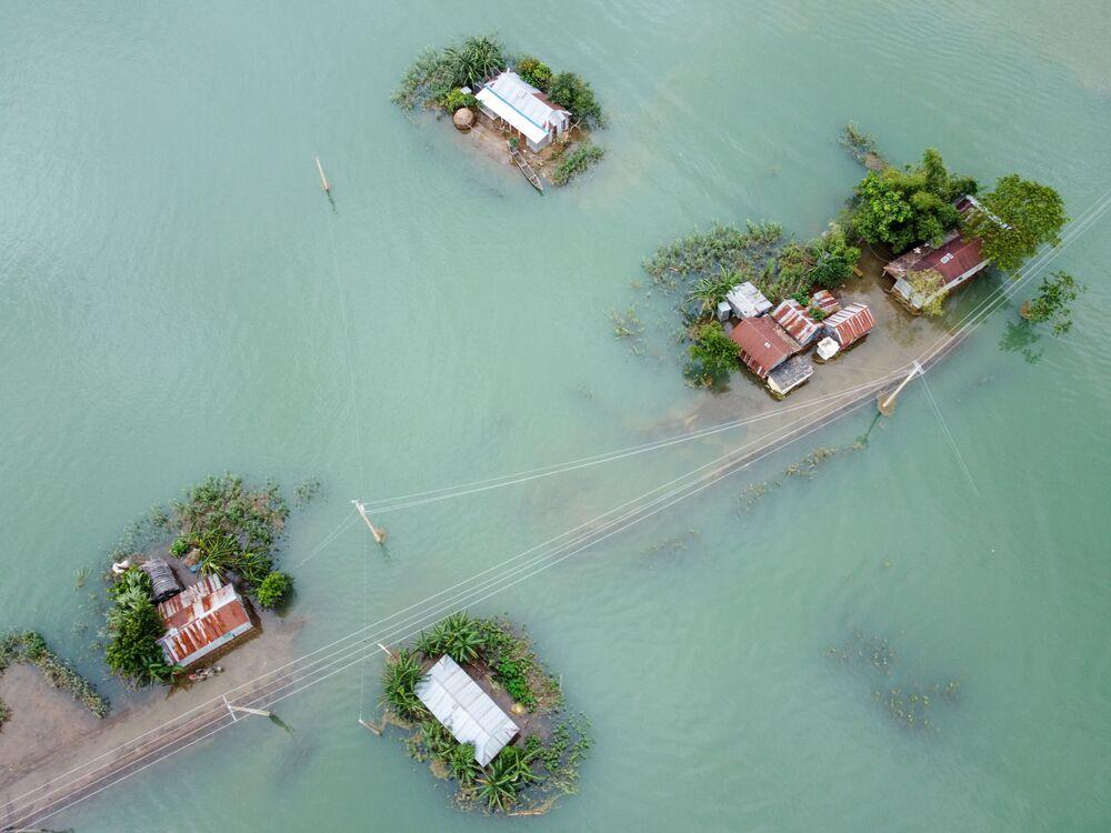 Hậu quả của lũ lụt do gió mùa ở Sunamganj, Bangladesh