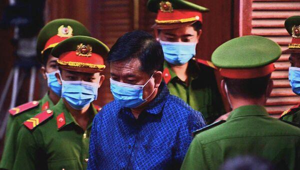 Bị cáo Đinh La Thăng tại phiên tòa ngày 16/12/2020. - Sputnik Việt Nam