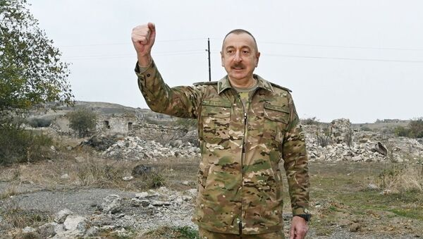 Tổng thống Azerbaijan Ilham Aliyev trong chuyến thăm tới các vùng Fizuli và Jebrail ở Karabakh - Sputnik Việt Nam