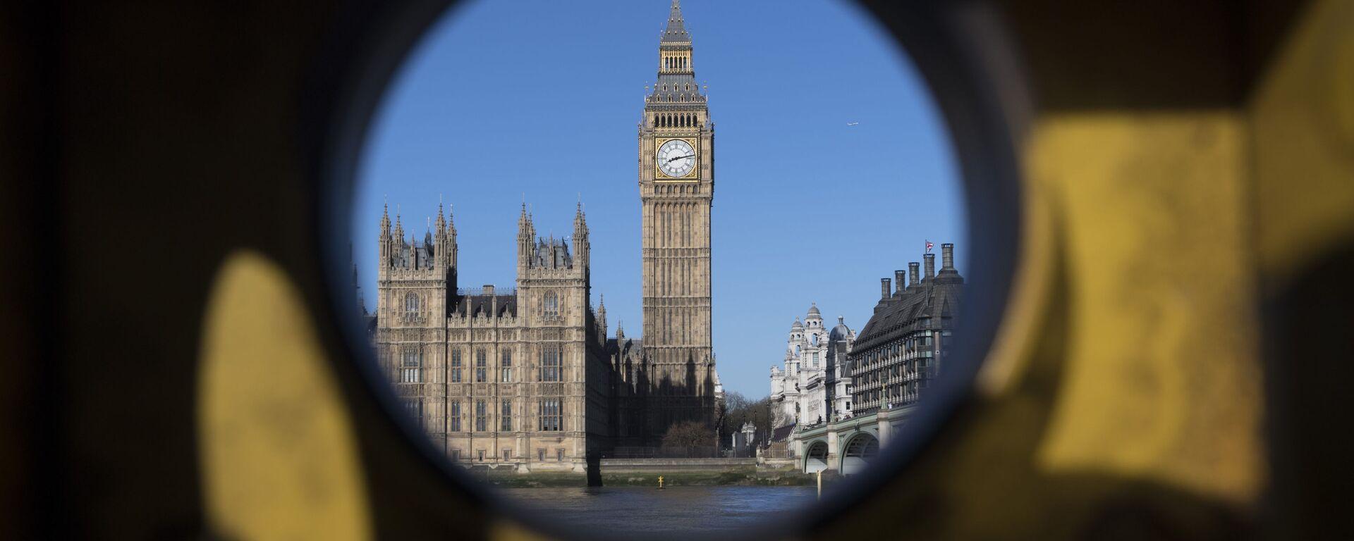 Quang cảnh từ bờ đối diện của sông Thames đến Cung điện Westminster ở London - Sputnik Việt Nam, 1920, 03.10.2021