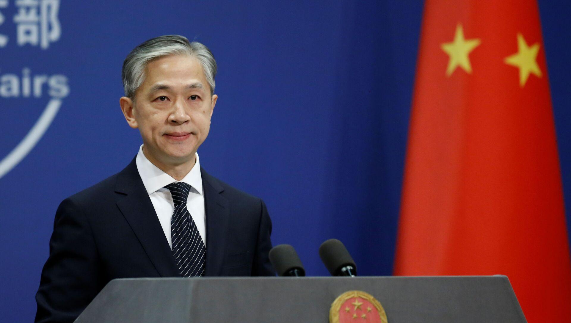 Người phát ngôn Bộ Ngoại giao Trung Quốc Wang Wenbin ngày 9 tháng 11 năm 2020 - Sputnik Việt Nam, 1920, 04.05.2021