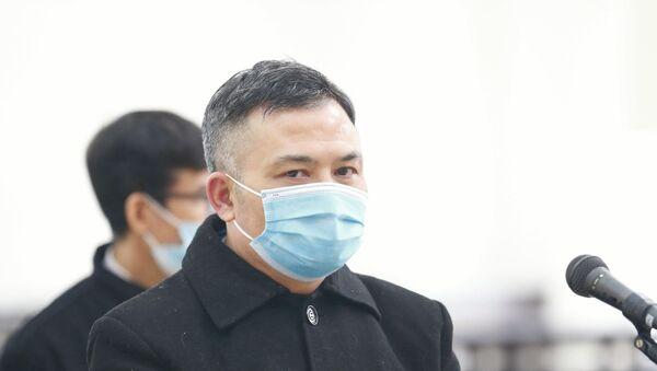 Bị cáo Lê Xuân Giang, Chủ tịch HĐQT Công ty Liên Kết Việt tại phiên tòa. - Sputnik Việt Nam