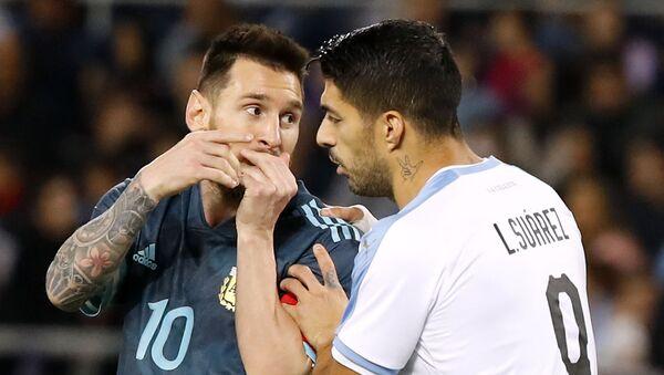 Lionel Messi và Luis Suarez. - Sputnik Việt Nam