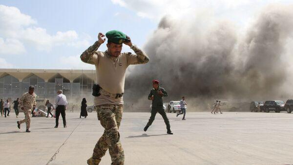 Vụ nổ ở sân bay Aden (Yemen). - Sputnik Việt Nam