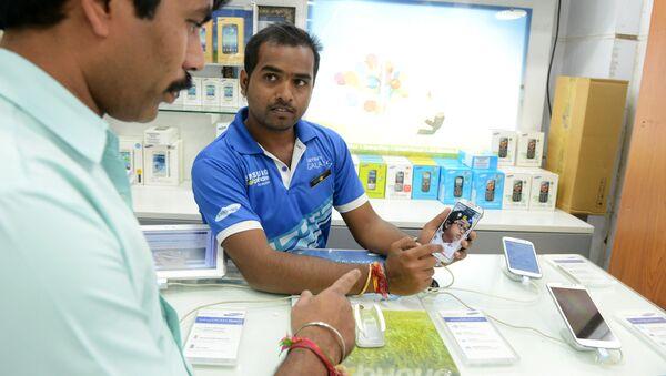 Cửa hàng điện thoại ở Ấn Độ - Sputnik Việt Nam