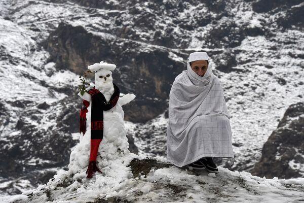 Bên người tuyết ở Pakistan - Sputnik Việt Nam