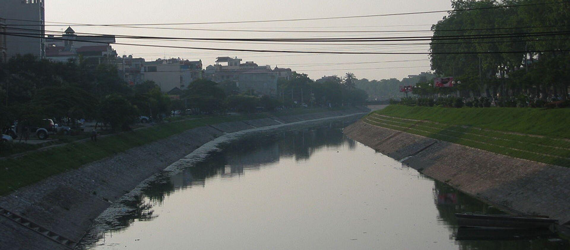 Sông Tô Lịch, đoạn chảy qua quận Cầu Giấy, Hà Nội. - Sputnik Việt Nam, 1920, 06.01.2021