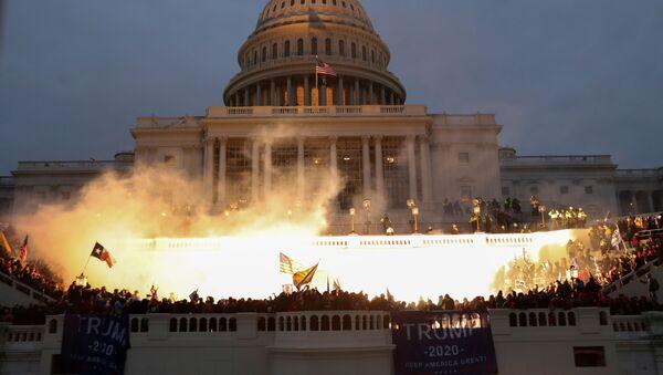 Vụ nổ bên ngoài tòa nhà Quốc hội ở Washington - Sputnik Việt Nam