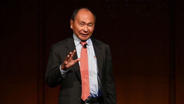 Nhà triết học, nhà khoa học chính trị, nhà kinh tế chính trị Mỹ Francis Fukuyama. - Sputnik Việt Nam