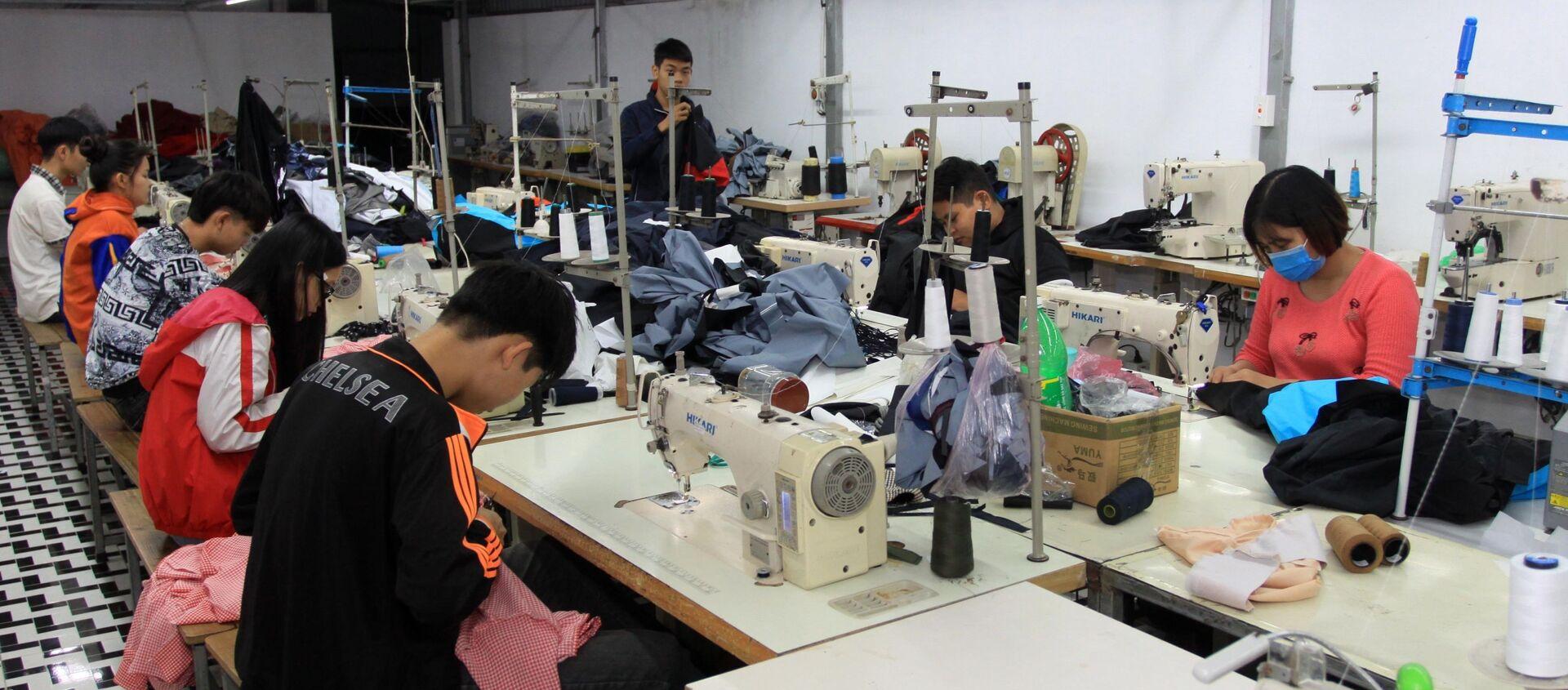 Lao động được đào tạo nghề may tại các cơ sở giáo dục nghề nghiệp. - Sputnik Việt Nam, 1920, 15.01.2021