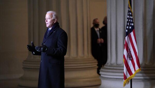 Joe Biden phát biểu trước người Mỹ sau lễ nhậm chức. 20 tháng 1, 2021 - Sputnik Việt Nam
