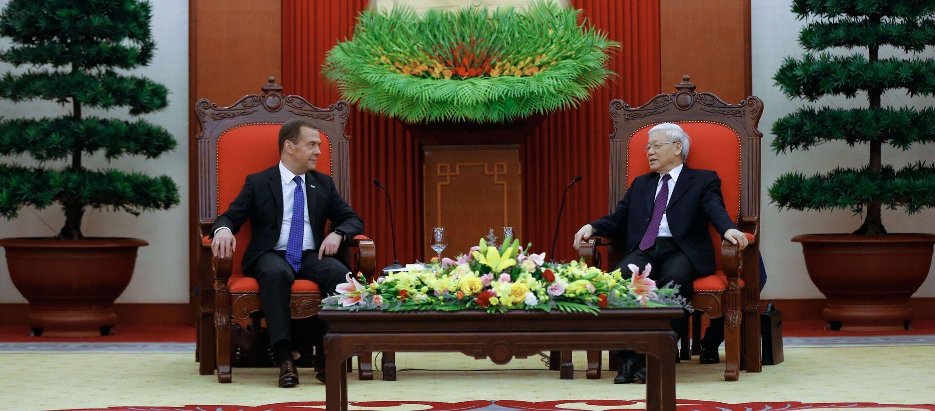 Cuộc gặp giữa Thủ tướng Liên bang Nga Dmitry Medvedev và TBT Đảng Cộng sản Việt Nam Nguyễn Phú Trọng, năm 2018 - Sputnik Việt Nam, 1920, 25.01.2021