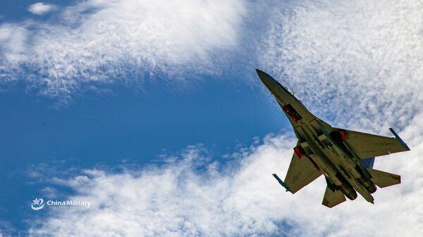 Сhiến đấu cơ J-16 của Giải phóng quân Nhân dân Trung Quốc  - Sputnik Việt Nam
