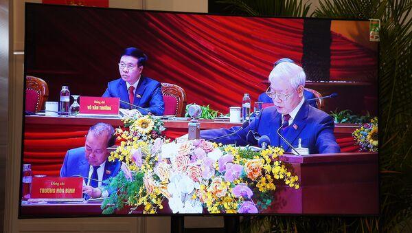 Tổng Bí thư, Chủ tịch nước Nguyễn Phú Trọng phát biểu tại Đại hội XIII - Sputnik Việt Nam