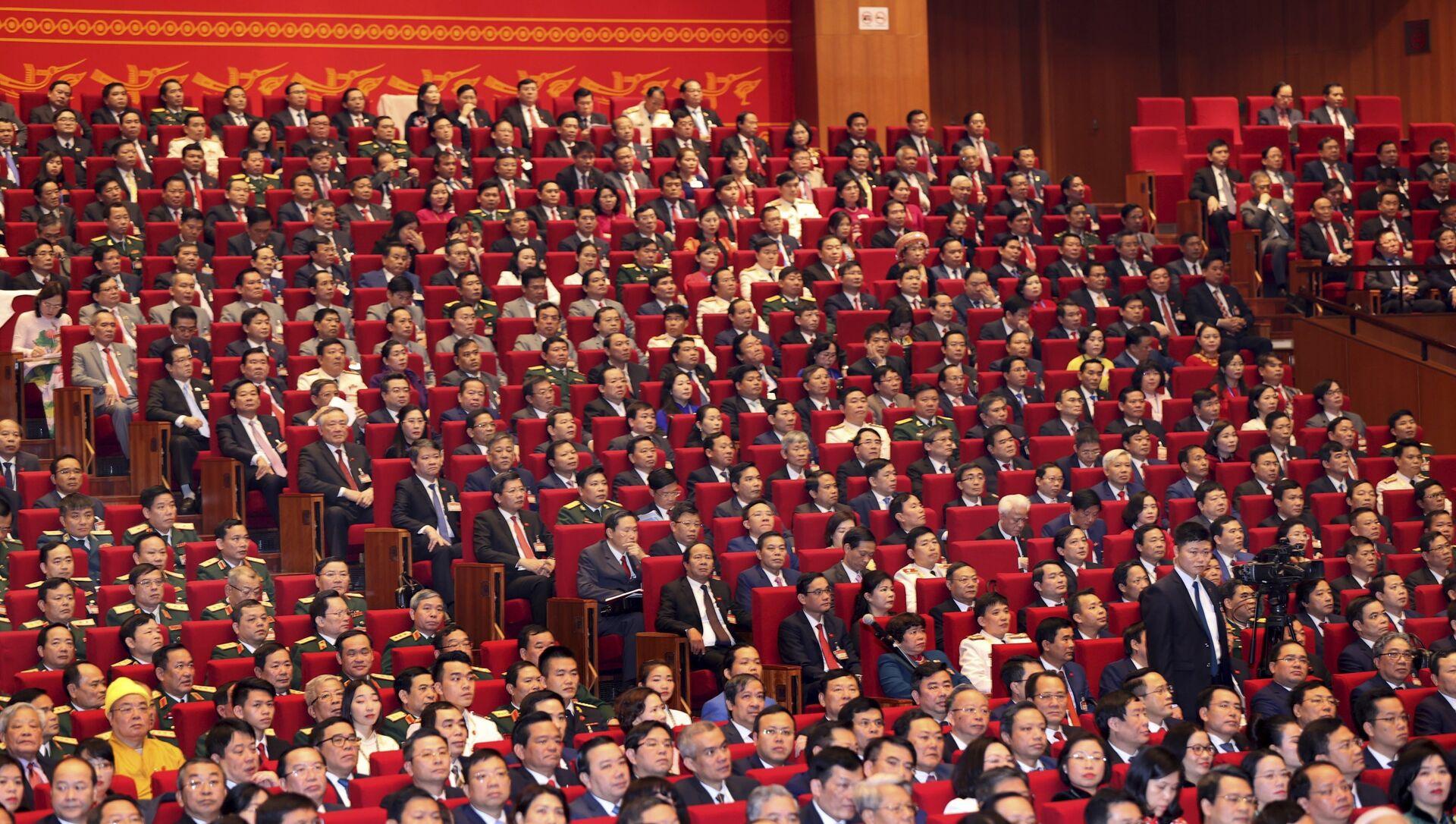 Các đại biểu trong lễ khai mạc Đại hội lần thứ XIII của Đảng Cộng sản Việt Nam tại Hà Nội - Sputnik Việt Nam, 1920, 25.05.2021