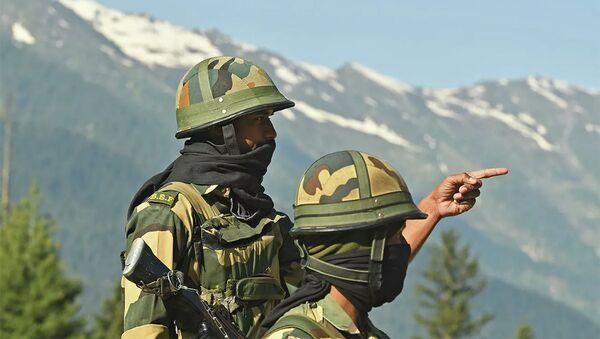 Quân nhân Ấn Độ ở biên giới với Trung Quốc - Sputnik Việt Nam