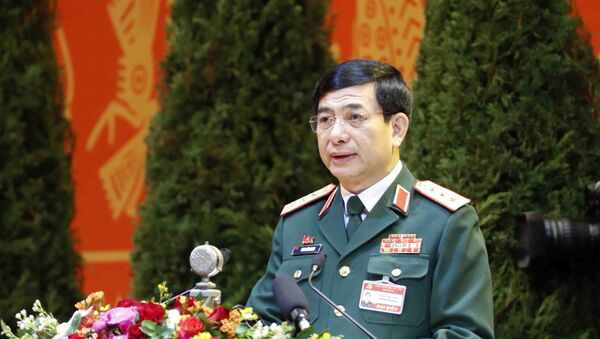 Trong ảnh: Thượng tướng Phan Văn Giang, Ủy viên Thường vụ Quân ủy Trung ương, Tổng tham mưu trưởng Quân đội nhân dân Việt Nam, Thứ trưởng Bộ Quốc phòng trình bày tham luận. Ảnh: TTXVN - Sputnik Việt Nam