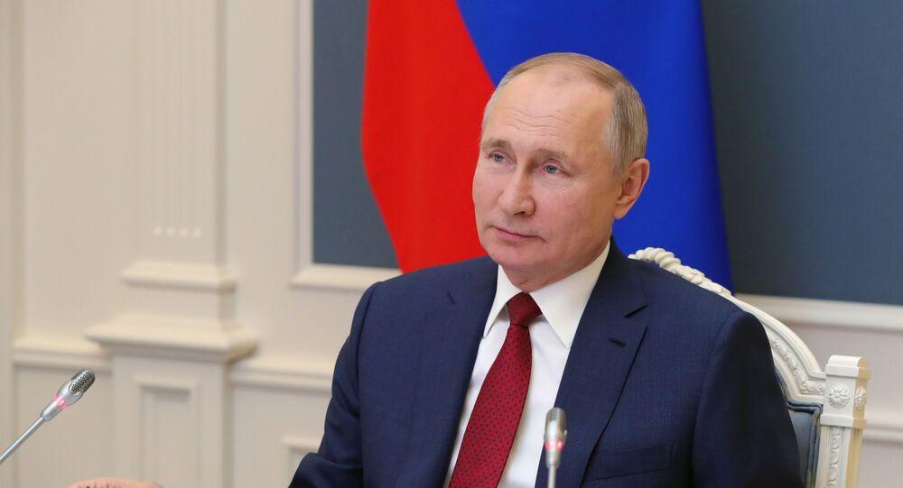 Tổng thống Nga V.Putin phát biểu tại phiên thảo luận của Diễn đàn trực tuyến Chương trình nghị sự Davos 2021