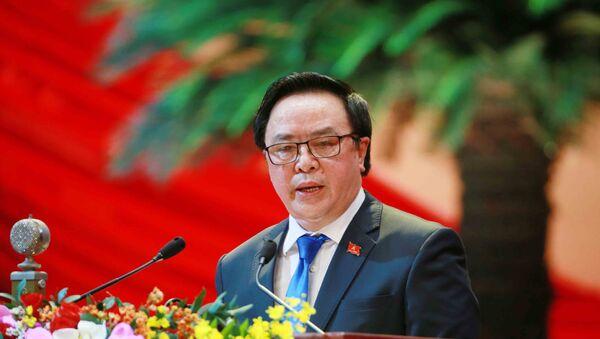 Đồng chí Hoàng Bình Quân, Uỷ viên Trung ương Đảng, Trưởng ban Đối ngoại Trung ương trình bày tham luận. - Sputnik Việt Nam