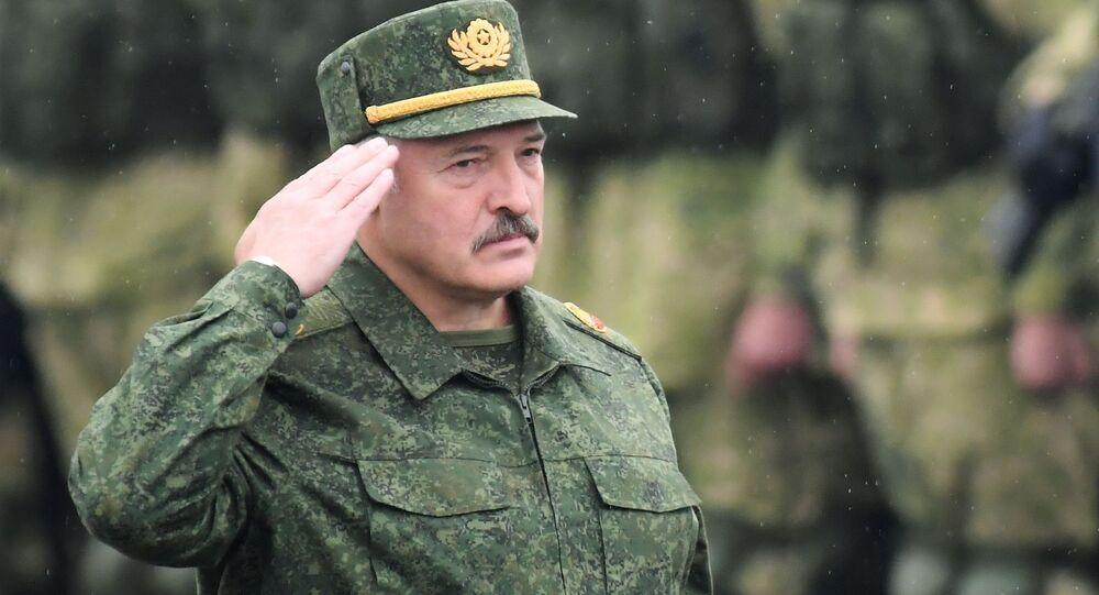 Tổng thống Belarus Alexander Lukashenko tại cuộc tập trận chiến lược chung của Belarus và Nga Phương Tây-2017 ở khu vực Minsk