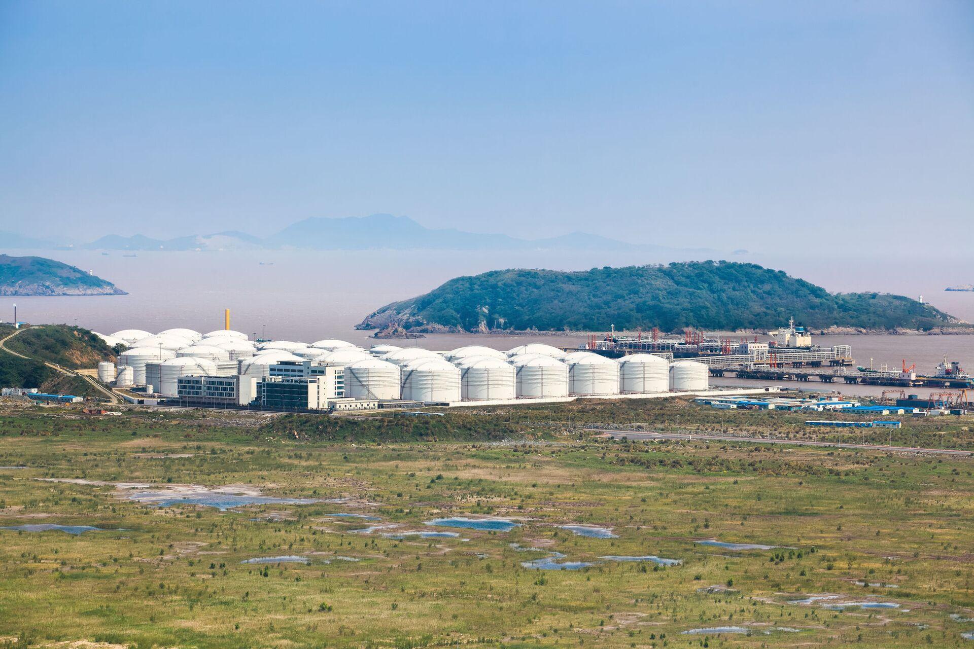 Tìm thấy trữ lượng dầu khổng lồ ở Trung Quốc - Sputnik Việt Nam, 1920, 22.06.2021