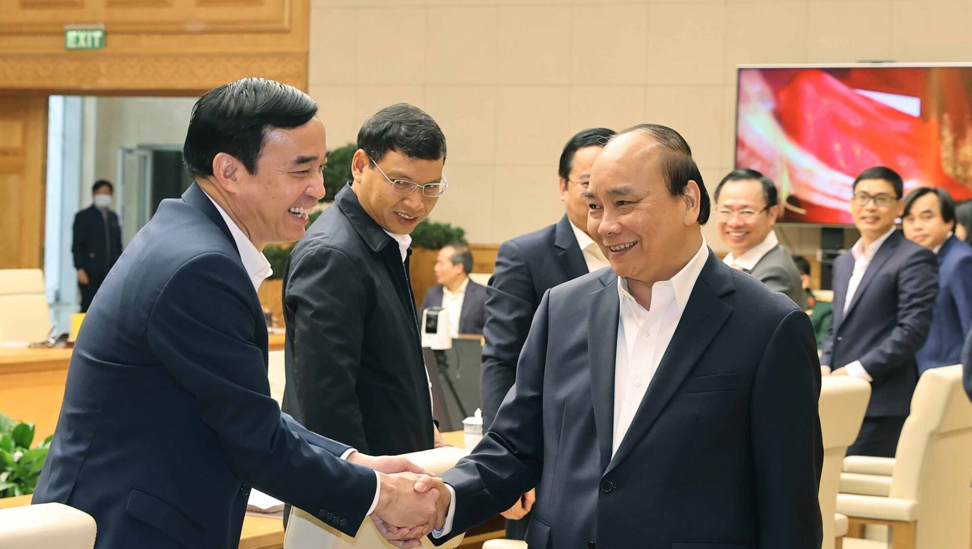 Thủ tướng Nguyễn Xuân Phúc với các đại biểu dự họp. - Sputnik Việt Nam, 1920, 01.03.2021