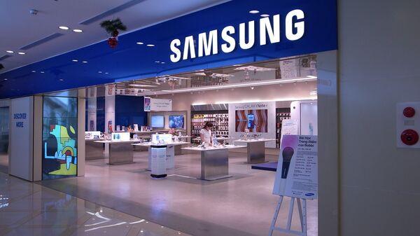 Cửa hàng sản phẩm Samsung tại Việt Nam. - Sputnik Việt Nam