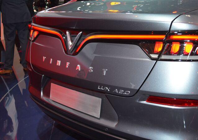 VinFast Lux AS2.0 SUV