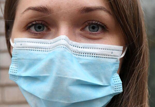 Nữ y tá trưởng bệnh viện dã chiến chống COVID-19 ở Krasnoyarsk, Liên bang Nga - Sputnik Việt Nam