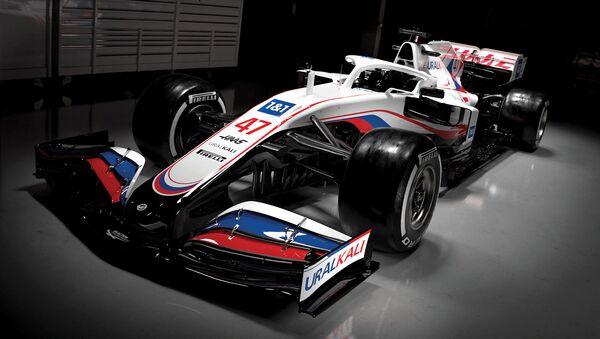 Xe đua của đội Formula 1 «Haas» - Sputnik Việt Nam