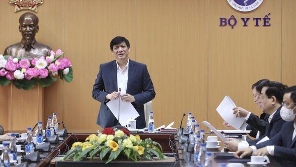 Trong ảnh: Bộ trưởng Bộ Y tế Nguyễn Thanh Long phát biểu - Sputnik Việt Nam