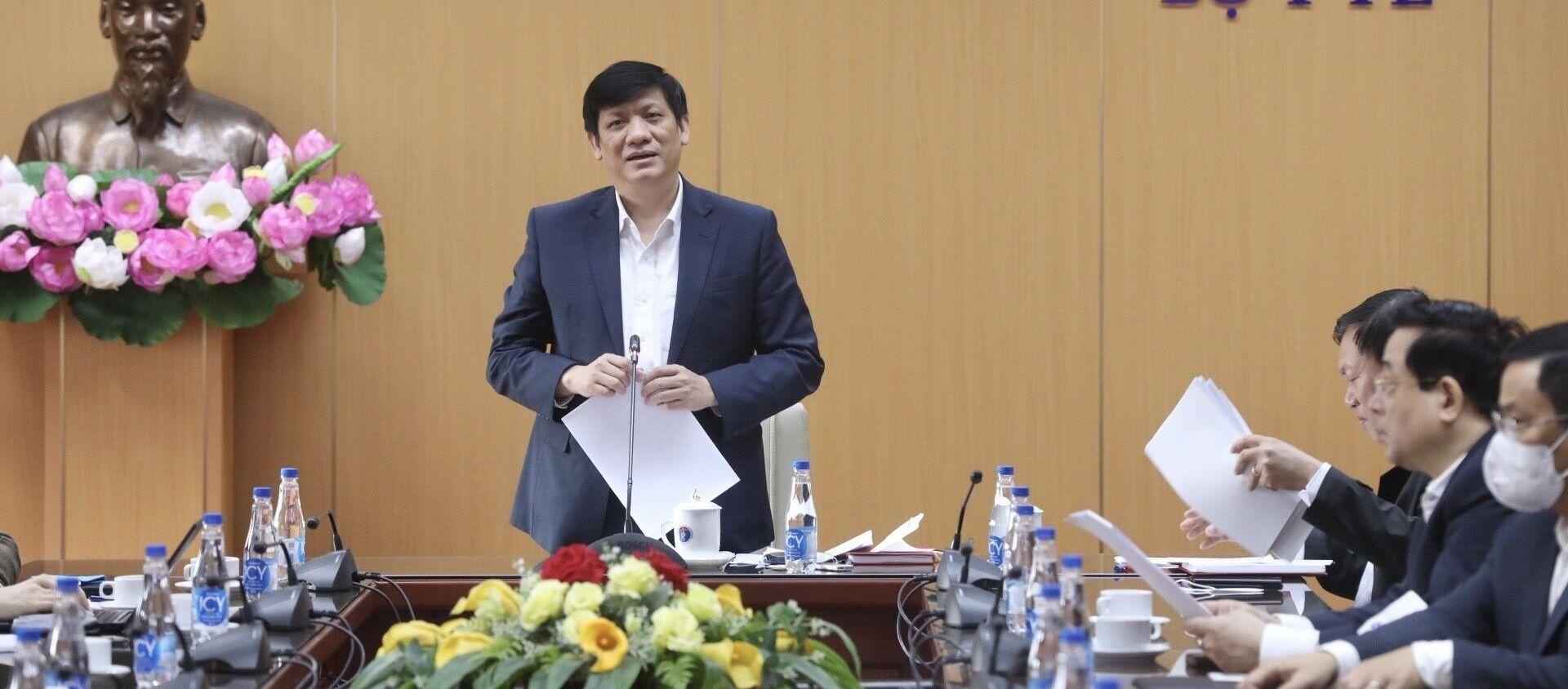 Trong ảnh: Bộ trưởng Bộ Y tế Nguyễn Thanh Long phát biểu - Sputnik Việt Nam, 1920, 06.03.2021