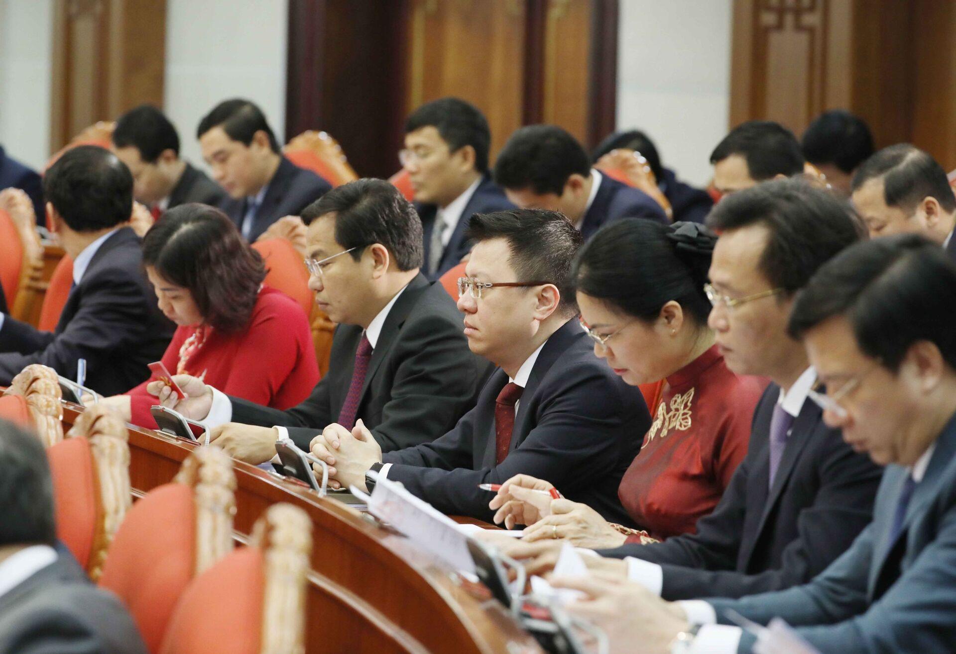 Hội nghị Trung ương 2: Giới thiệu nhân sự ứng cử Chủ tịch nước, Thủ tướng, Chủ tịch Quốc hội - Sputnik Việt Nam, 1920, 08.03.2021