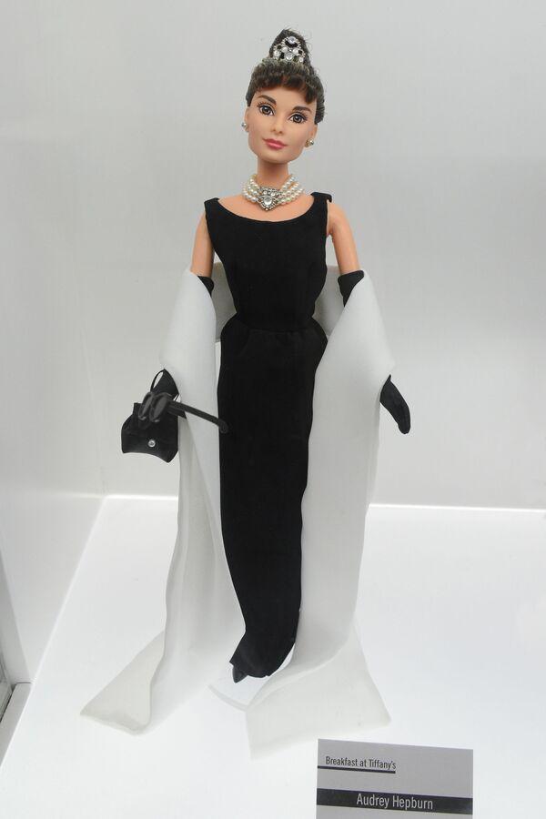 Barbie Audrey Hepburn - Sputnik Việt Nam
