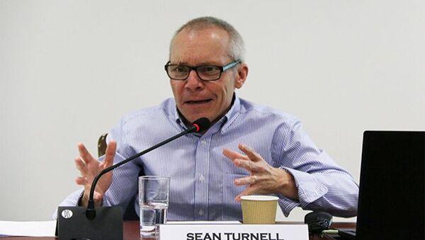 Sean Turnell là trợ lý cố vấn nhà nước Aung San Suu Kyi. - Sputnik Việt Nam