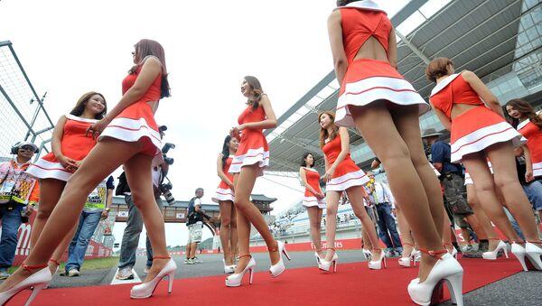 Grid girls trong Grand Prix Formula- 1 ở Yonam, Hàn Quốc - Sputnik Việt Nam