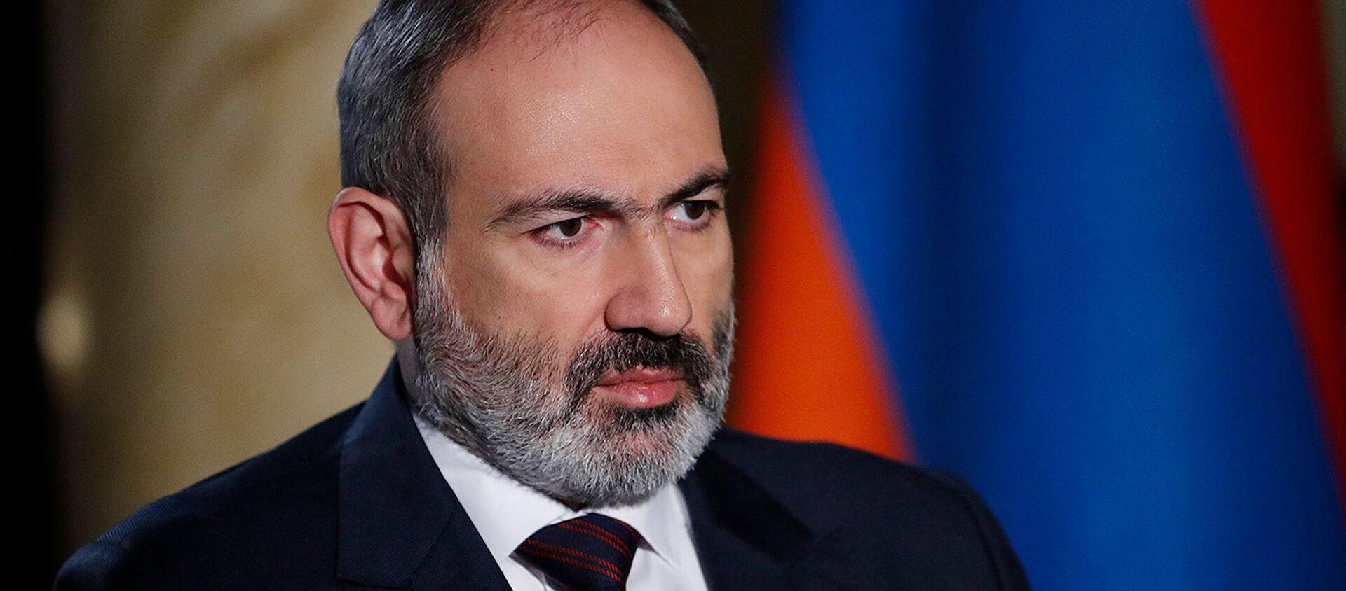 Thủ tướng Nikol Pashinyan phỏng vấn trực tiếp Petros Ghazaryan (27/12/2020). Yerevan - Sputnik Việt Nam, 1920, 20.05.2021