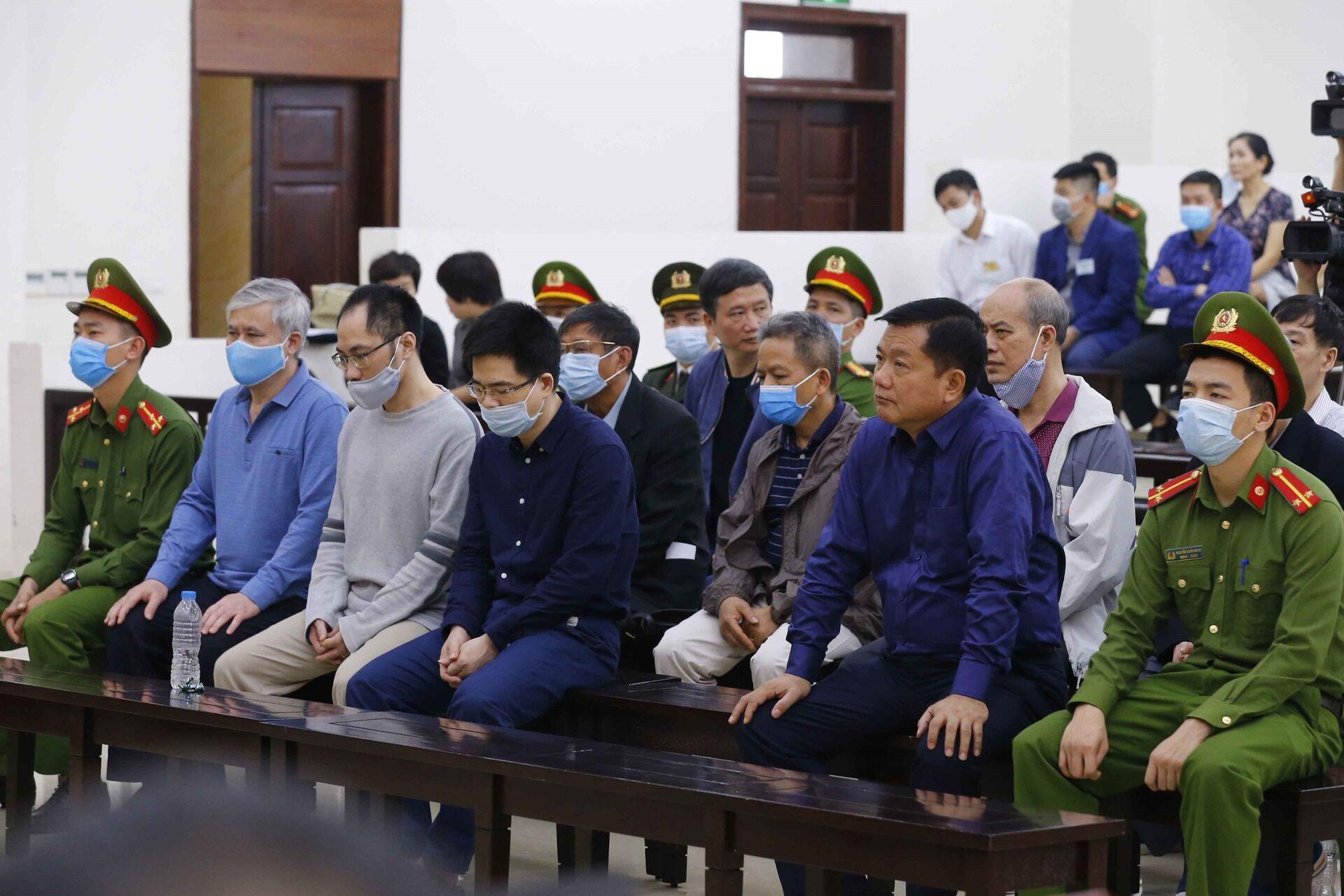 Than 'vô tội', các ông Đinh La Thăng, Trịnh Xuân Thanh vẫn lĩnh án tù nghiêm minh - Sputnik Việt Nam, 1920, 15.03.2021