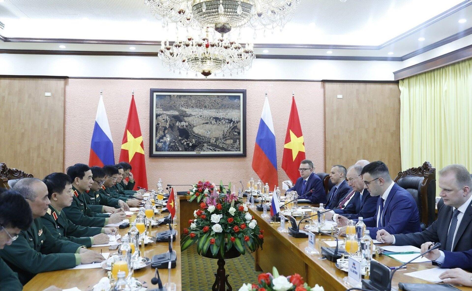 Thư ký Hội đồng An ninh LB Nga Patrushev trao đổi về tăng cường quan hệ quốc phòng với Thượng tướng Phan Văn Giang - Sputnik Việt Nam, 1920, 16.03.2021