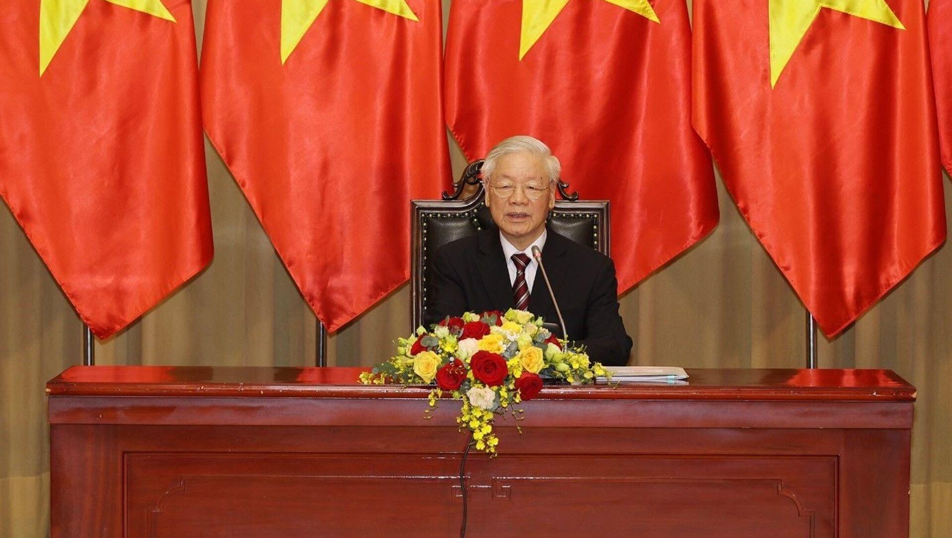 Tổng Bí thư, Chủ tịch nước Nguyễn Phú Trọng nói chuyện với các Đại sứ. - Sputnik Việt Nam, 1920, 17.03.2021