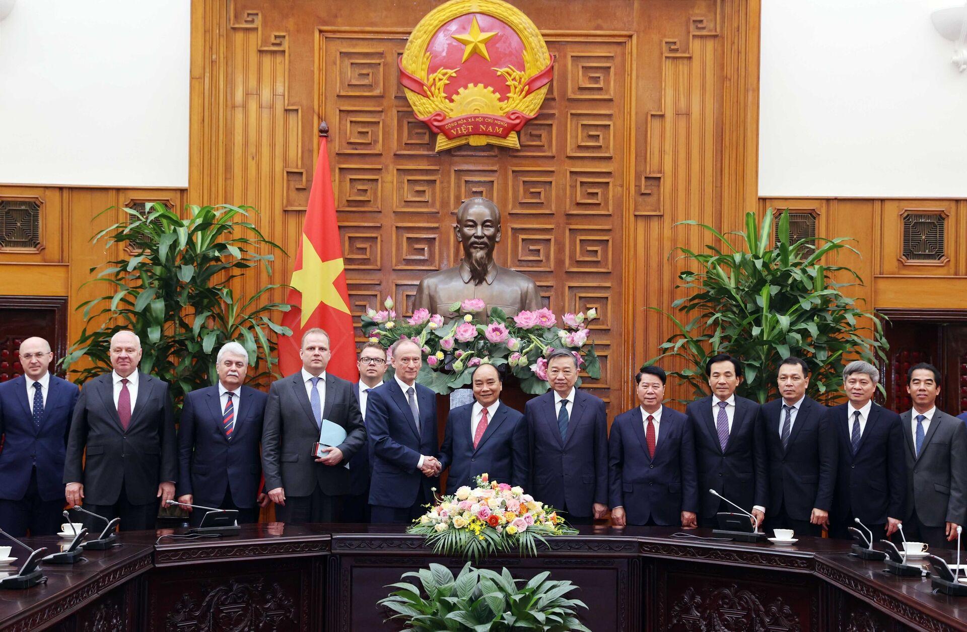 Thủ tướng: Quan hệ hợp tác an ninh, quốc phòng Việt - Nga là trụ cột - Sputnik Việt Nam, 1920, 17.03.2021