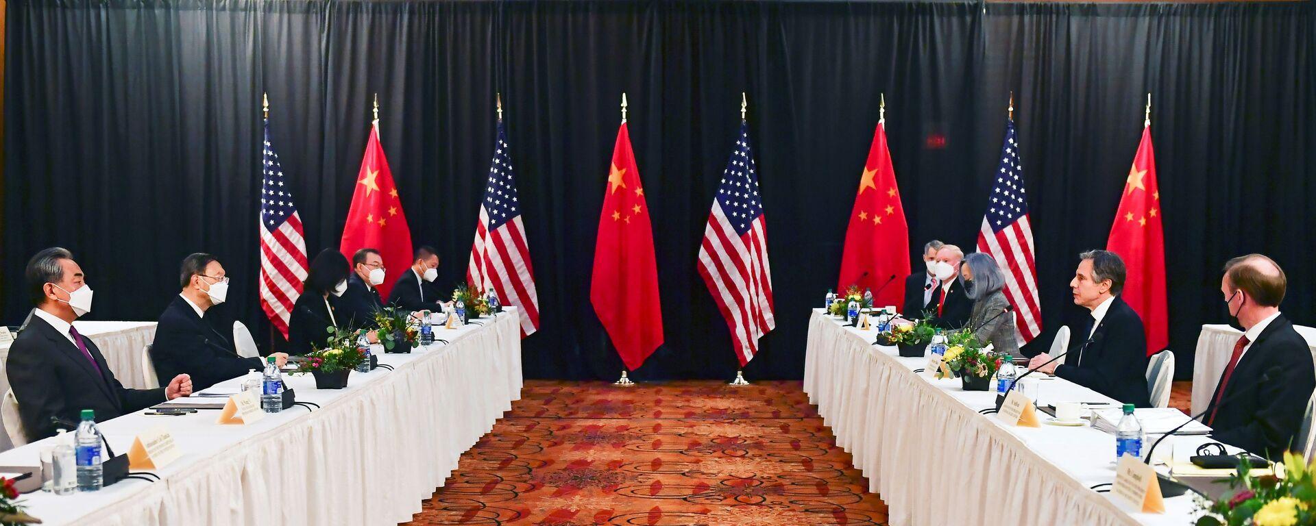Cuộc gặp của Ngoại trưởng Hoa Kỳ Antony Blinken, Cố vấn An ninh Quốc gia của Tổng thống Jake Sullivan, Trưởng Văn phòng Ủy ban Đối ngoại Trung ương CPC Dương Khiết Trì và Bộ trưởng Ngoại giao Trung Quốc Vương Nghị tại Anchorage - Sputnik Việt Nam, 1920, 05.10.2021