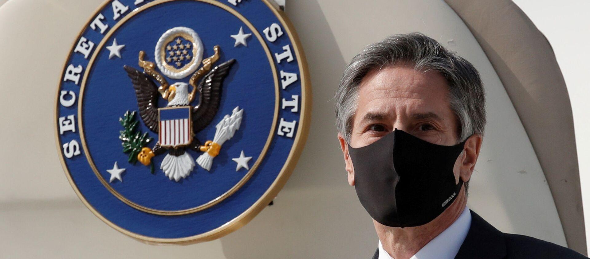 Ngoại trưởng Hoa Kỳ Antony Blinken đến Căn cứ Không quân Osan ở Pyeongtaek, Hàn Quốc ngày 17 tháng 3 năm 2021. - Sputnik Việt Nam, 1920, 13.07.2021