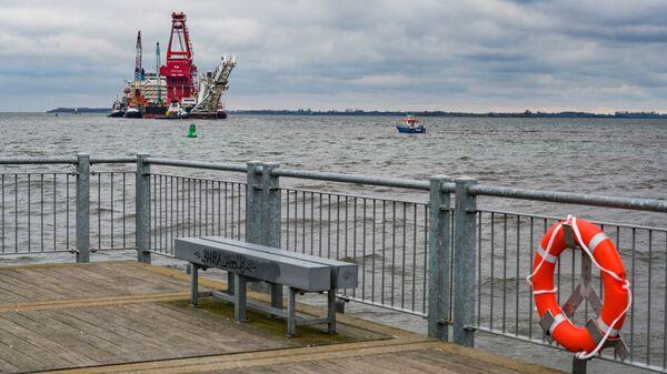 Tàu đặt ống Fortuna ở cảng thành phố Wismar của Đức - Sputnik Việt Nam