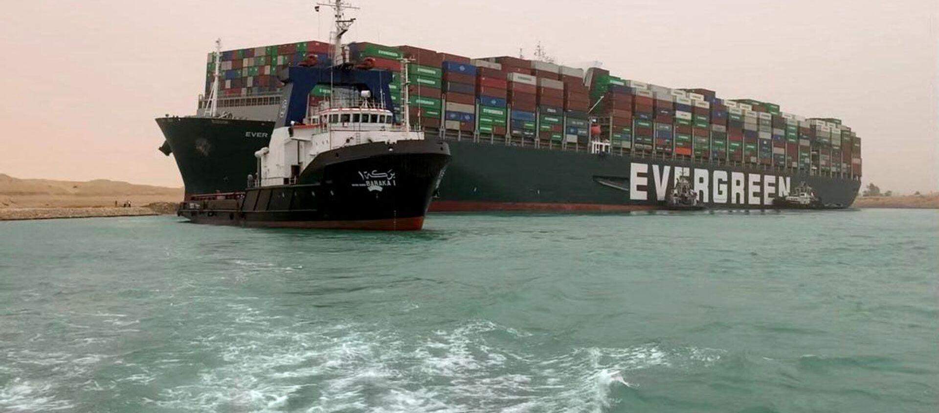 Tàu container từng được đưa vào kênh đào Suez - Sputnik Việt Nam, 1920, 24.03.2021