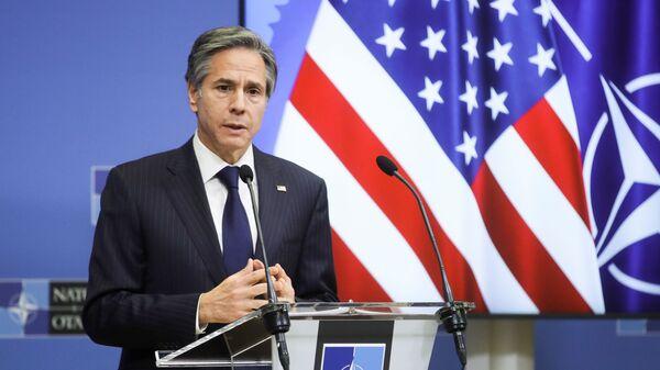 Ngoại trưởng Hoa Kỳ Antony Blinken phát biểu tại Trụ sở NATO ở Brussels, Bỉ - Sputnik Việt Nam