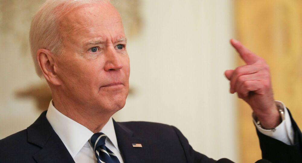 Tổng thống Hoa Kỳ Joe Biden trong cuộc họp báo chính thức đầu tiên trên cương vị Tổng thống ở Washington, Mỹ.