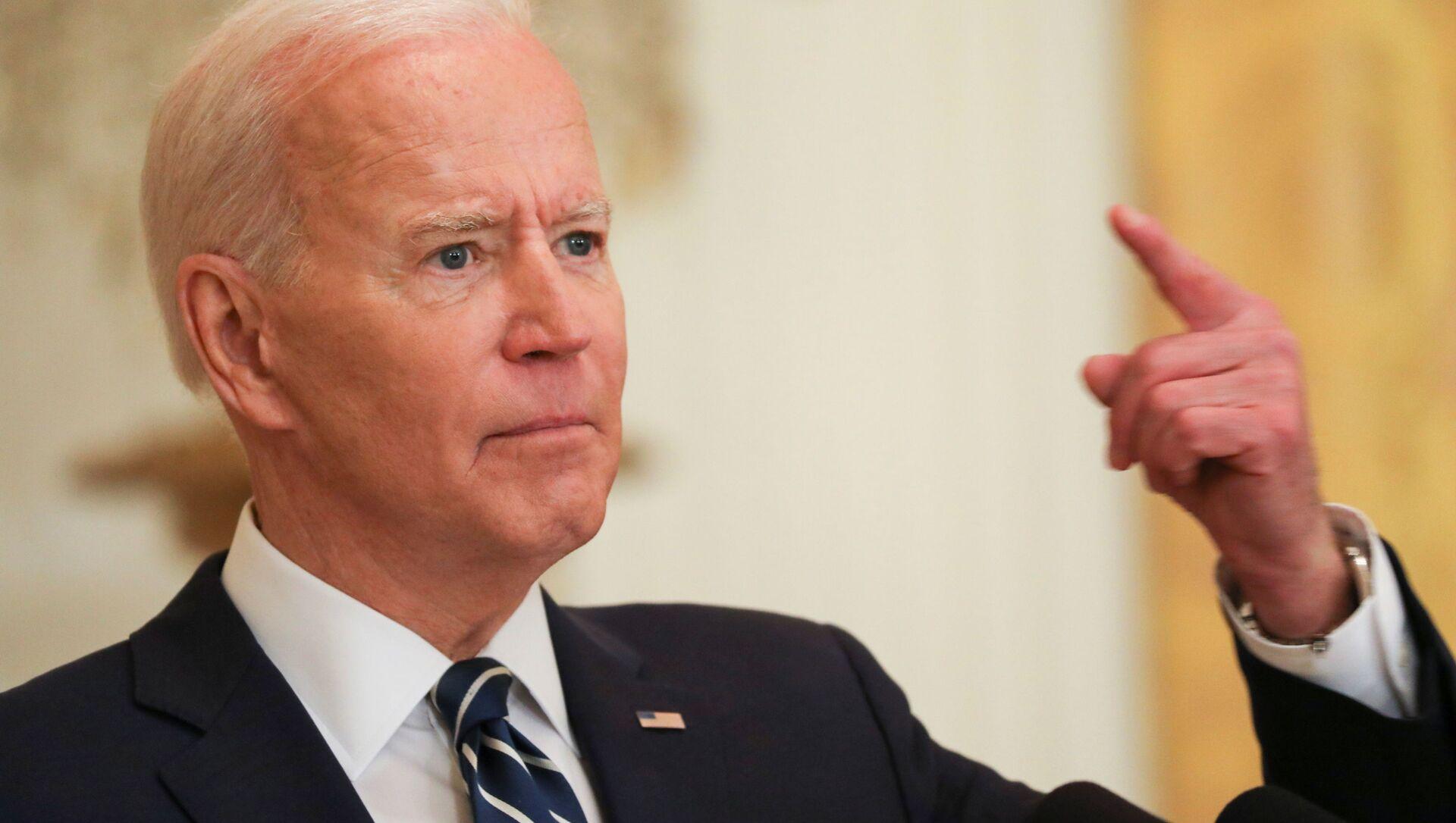 Tổng thống Hoa Kỳ Joe Biden trong cuộc họp báo chính thức đầu tiên trên cương vị Tổng thống ở Washington, Mỹ. - Sputnik Việt Nam, 1920, 28.03.2021