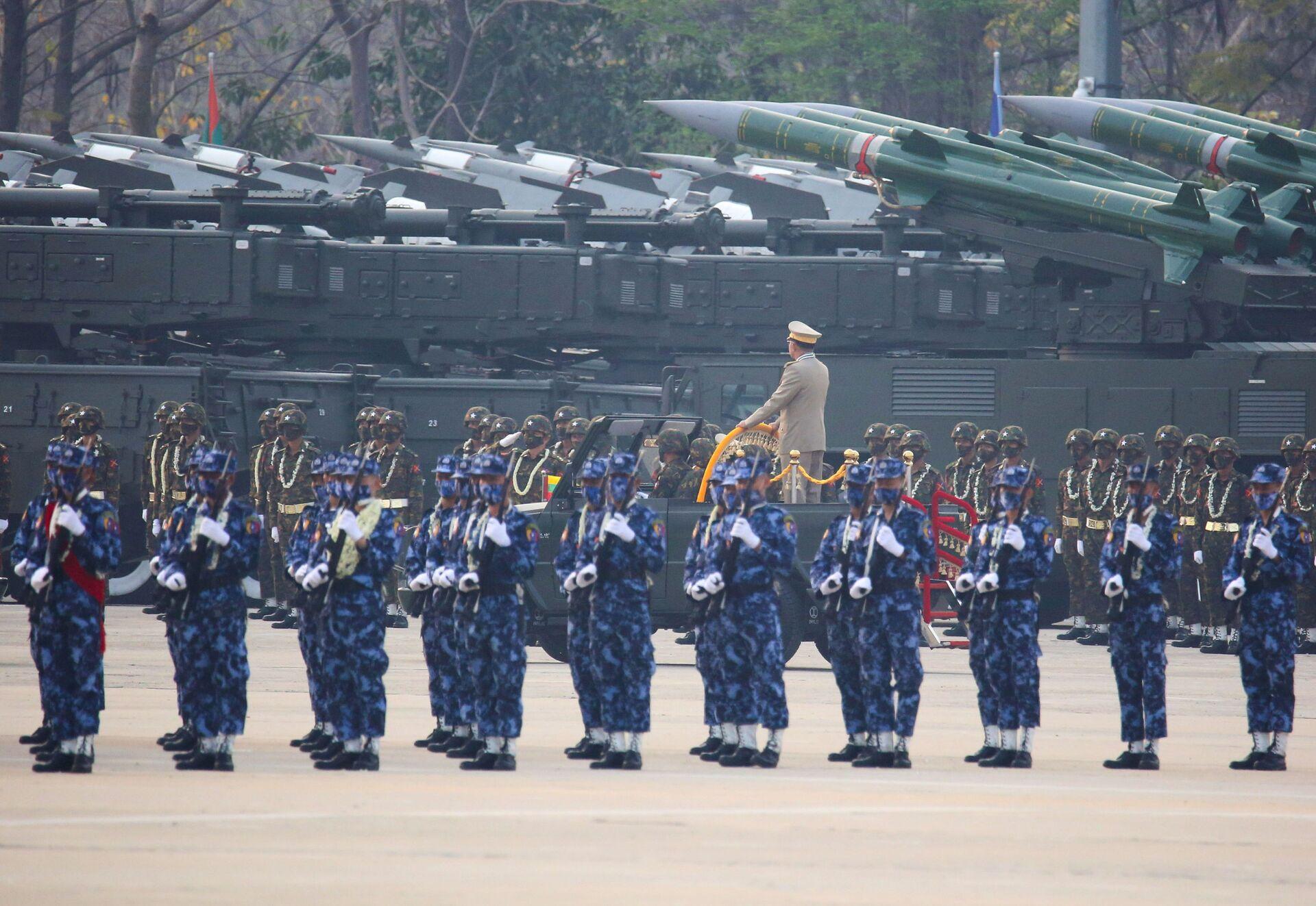 Thứ trưởng Quốc phòng Liên bang Nga là khách mời tại cuộc duyệt binh ở Myanmar - Sputnik Việt Nam, 1920, 27.03.2021