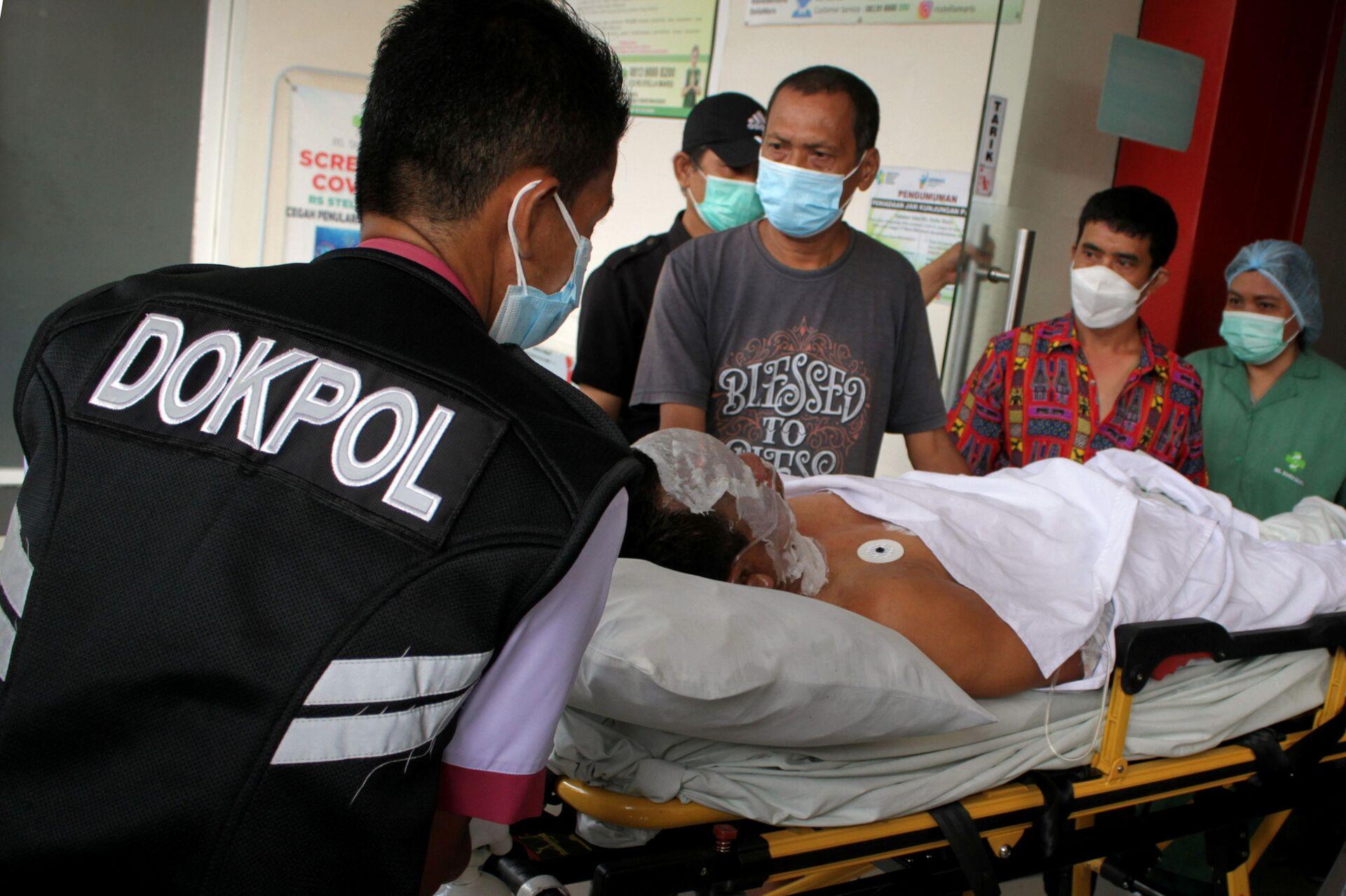 Những kẻ đánh bom liều chết bên ngoài nhà thờ Công giáo ở Indonesia là một cặp vợ chồng - Sputnik Việt Nam, 1920, 29.03.2021